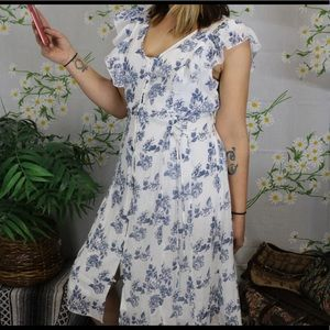 Vintage Kings Road white and blue floral dress